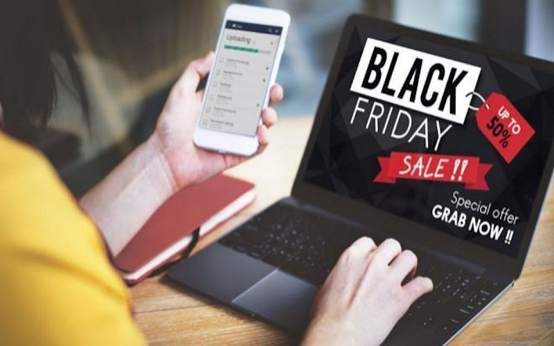 discover Black Friday campaign